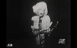 Marilyn caricias